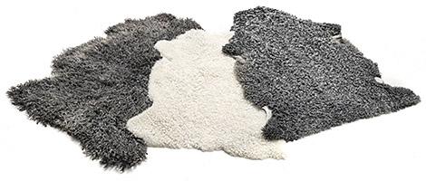 Tranås Skinnberedning naturella lammskinn till försäljning